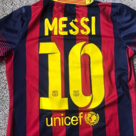 d0a7004ed Nike Drifit Lionel Messi Jersey Barcelona 10 Small.  M 5cc607996a7fba808151f9c0